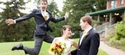 50 Fabulous wedding photobombs